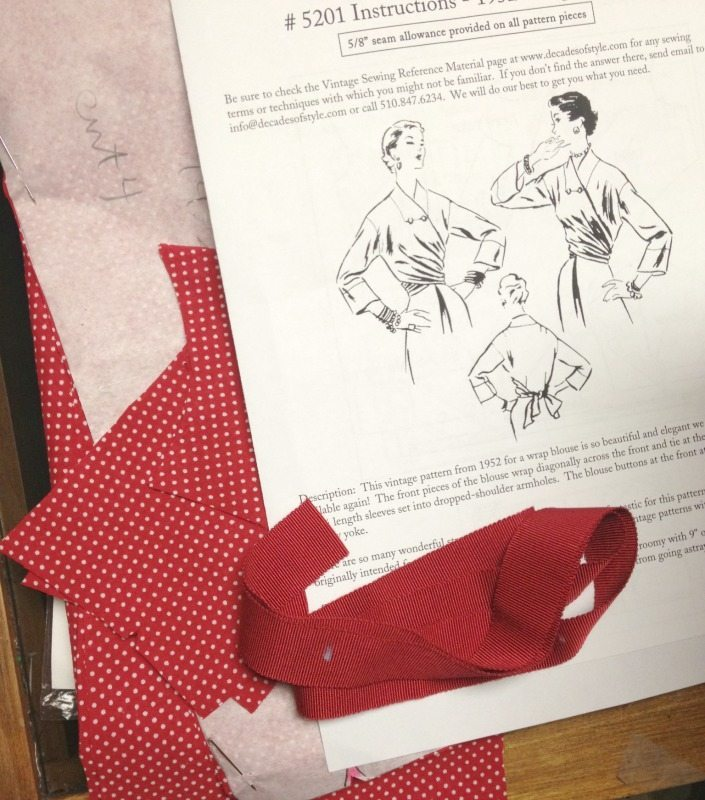 1952 Wrap blouse pattern pieces cut - csews.com