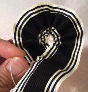 Make a striped removable ribbon hat band - Petersham ribbon