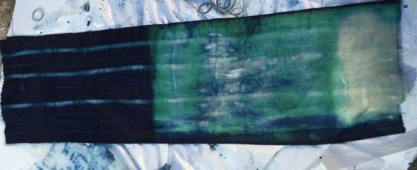 DIY Shibori - Indigo-dyed fabric - water bottle