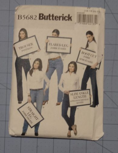 Butterick sewing pattern B5682 - jeans and trousers