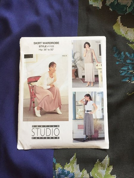 Textile Studio Patterns - elastic-waist skirt