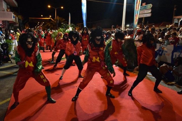Défilé - groupe carnaval Mass Moul Massif - Guadeloupe