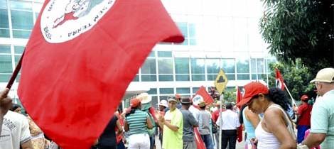 MST faz protestos em 17 estados por Reforma Agrária e justiça