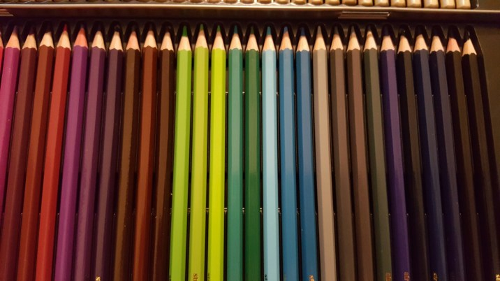 colored pencils with tin 6