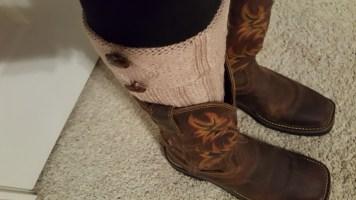 beige-and-black-boot-socks-6