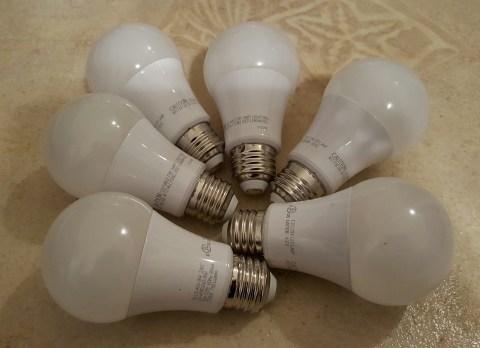750 lumen LED lightbulb set 2