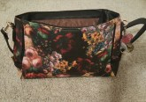 vmate-flowered-handbag-6