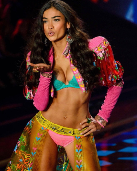 Kelly Gale Instagram