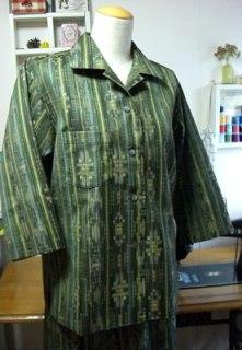 着物リメイクで服を作る時の注意点とつくり方。型紙の有無が重要編