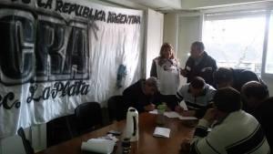 Ucra la plata firma