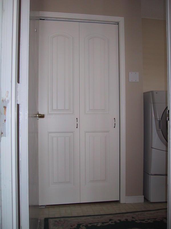 Laundry Room Accordion Doors Design And Ideas