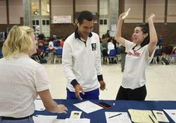Greenwich students register vote