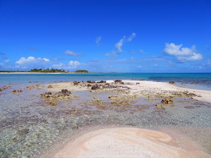 Roze strand Tikehau