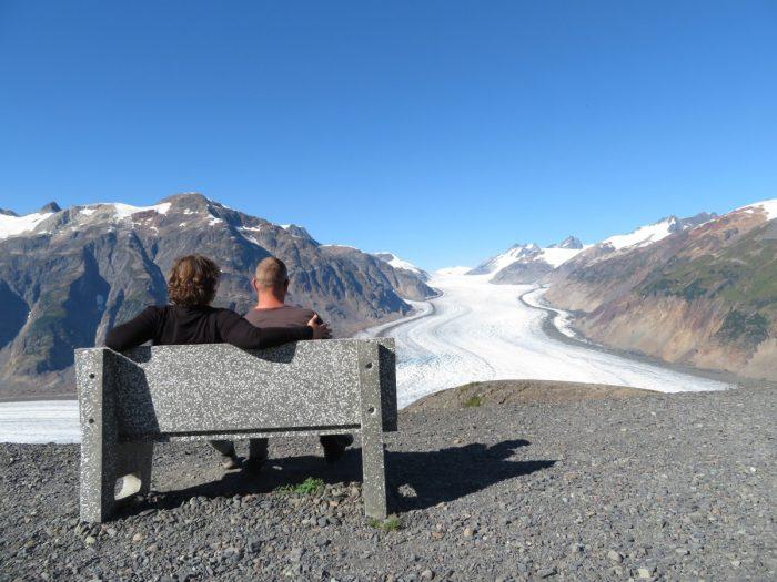 genieten van de Salmon Glacier