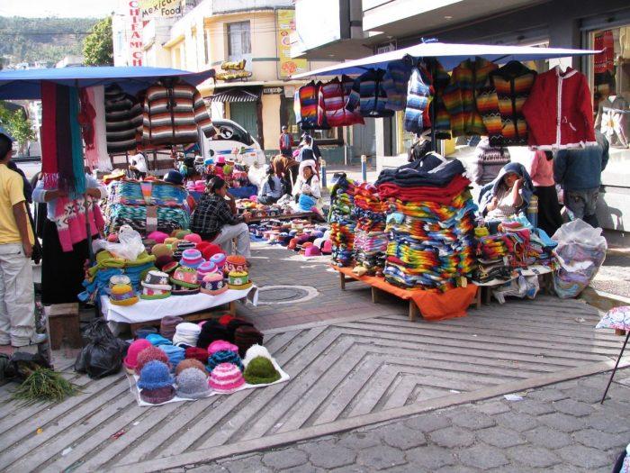 plaza de ponchos