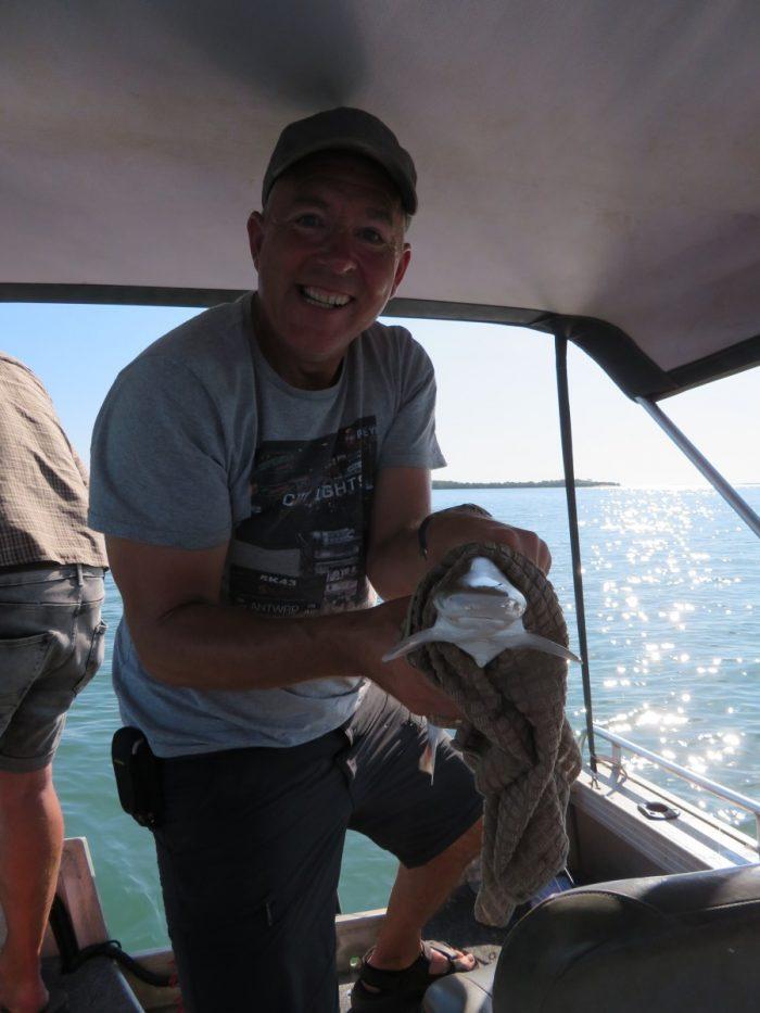 Eric vangt haai