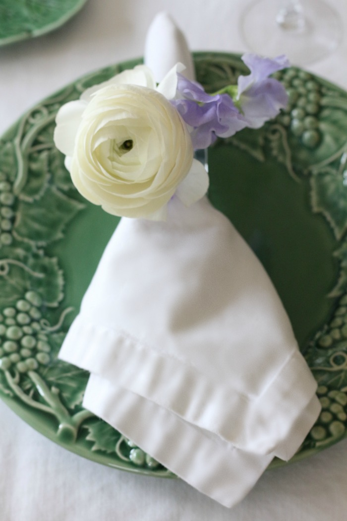 Napkin with flowers