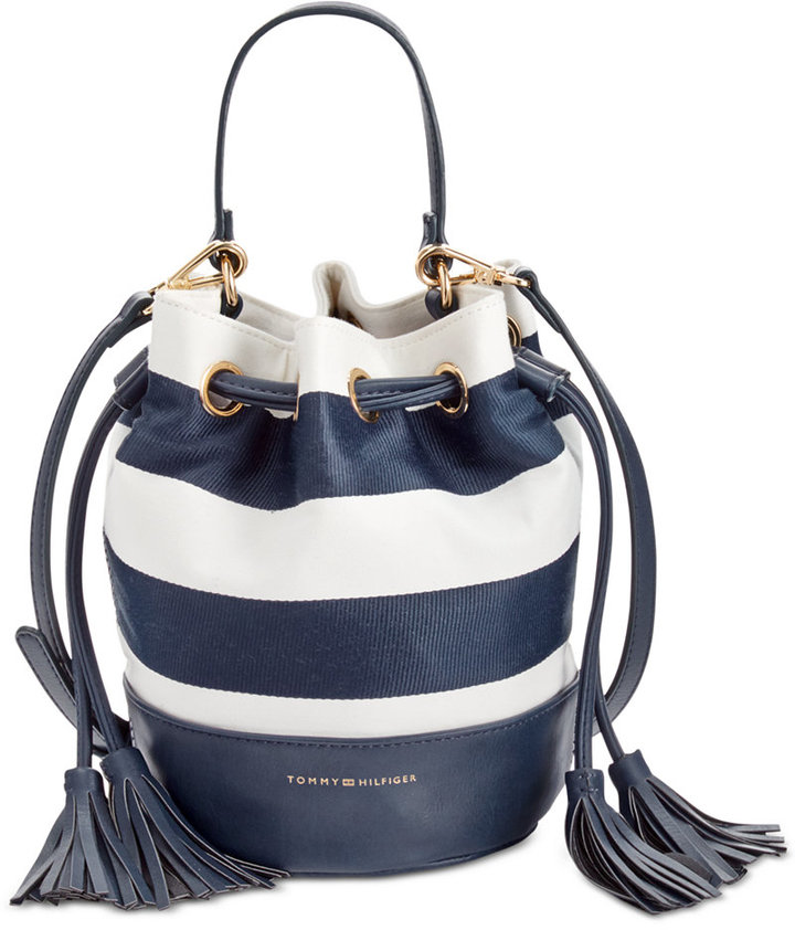 TOMMY HILFIGER RIBBON RUGBY SMALL BUCKET BAG