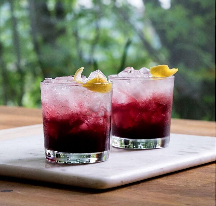 friendsgiving-cocktail