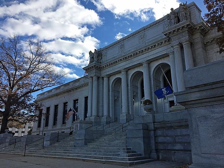 Connecticut Supreme Court building in Hartford