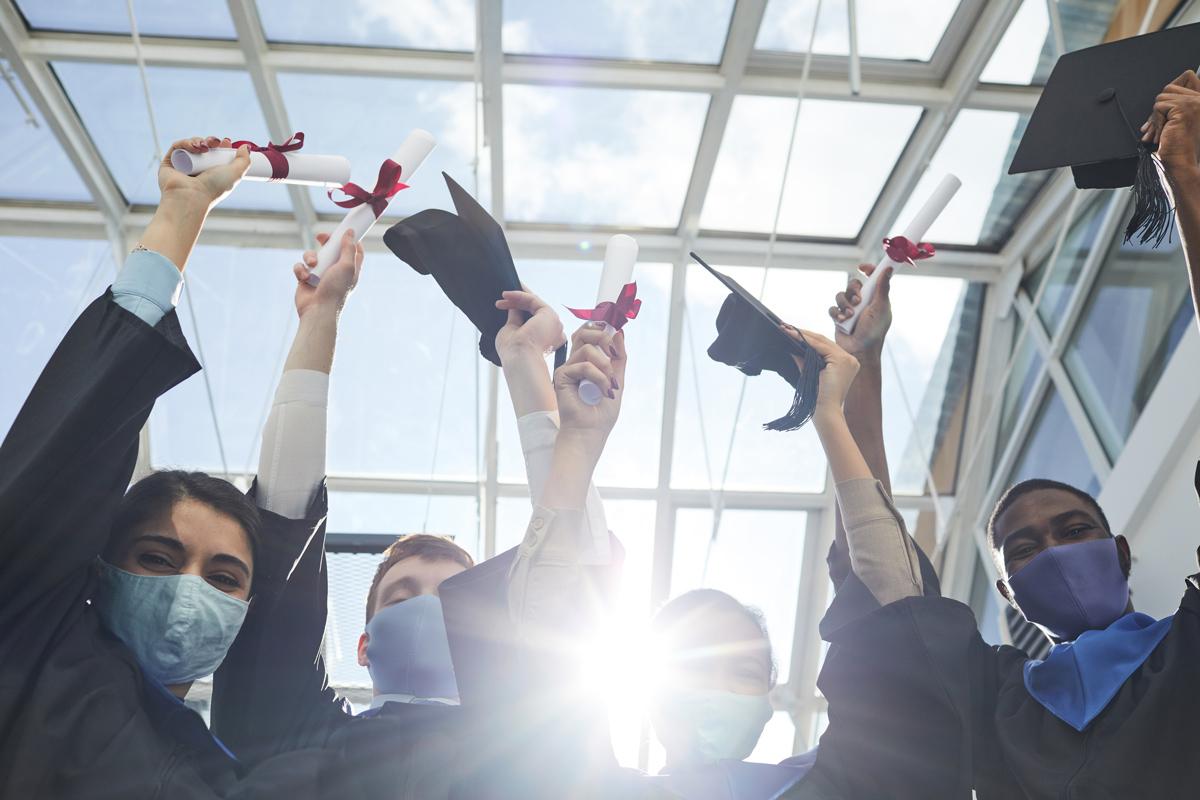 Pandemic-era graduates. (SeventyFourv via Shutterstock)