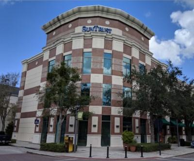 Facade of office building in Baldwin Park, Orlando