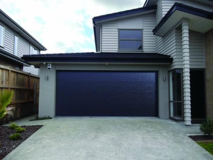 Choosing The Garage Door Color Wisely | Pinnacle House ... on Choosing Garage Door Paint Colors  id=96375