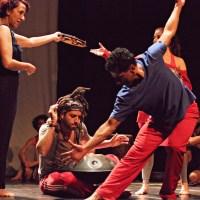 """[ctrl+alt+dança MÓVEL] [textos] """"Pontuações no Batuque Contemporâneo"""", por Dally Schwarz"""