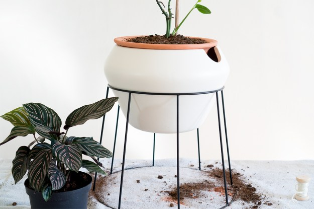 drill holes in plant pot