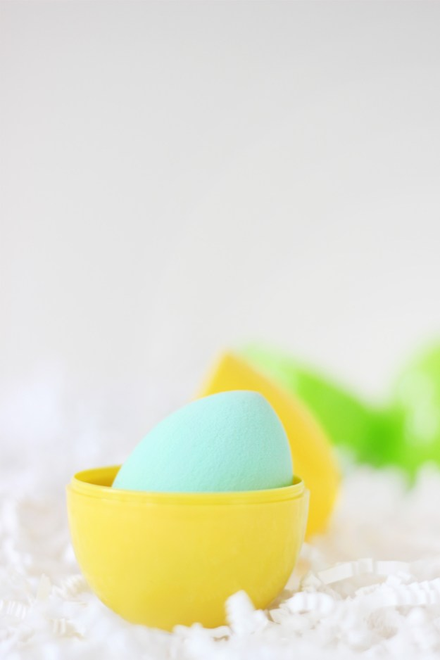 DIY Beauty Blender Makeup Sponge Case Holder