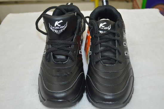 8GB Sports Shoes 2
