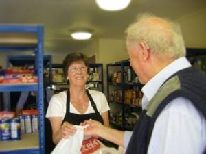 volunteering-food-bank