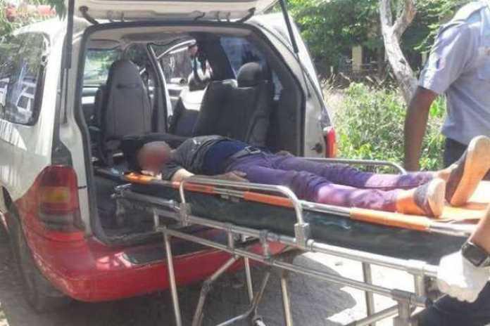 mujer herida ambulancia