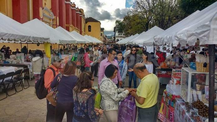 """Centro Histórico, convertido en un """"mercado"""""""