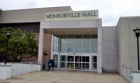 05-El-centro-comercial-Monroeville-fue-una-localización-en-la-película-el-Amanecer-de-los-muertos