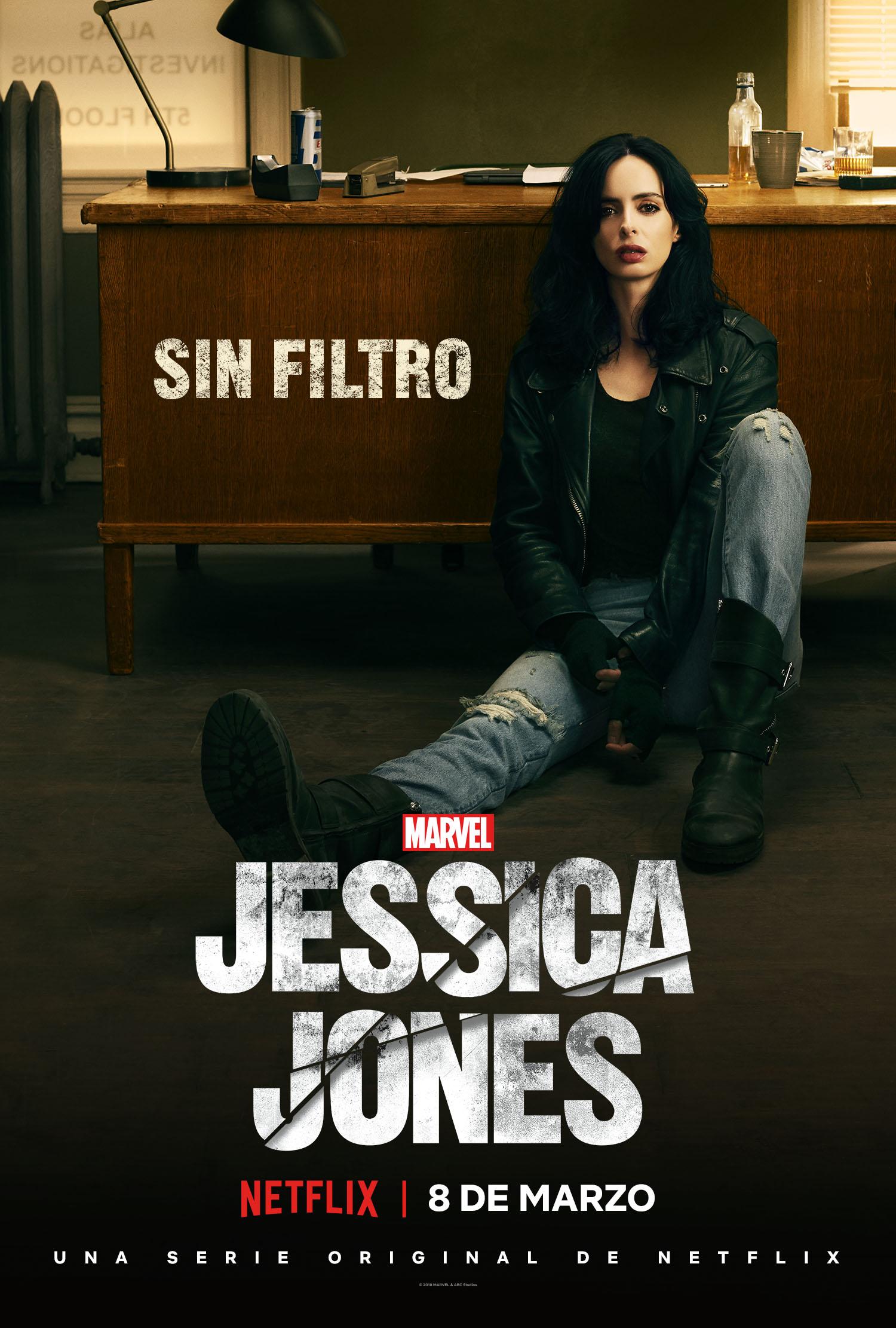 JessicaJonesS2_Vertical-Desk_PRE_LAS.jpg