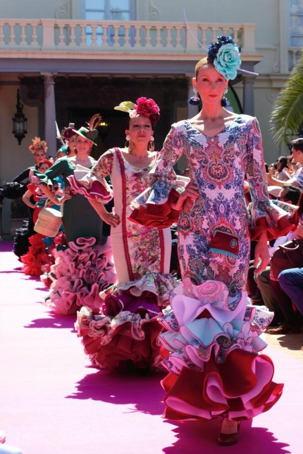 Desfile Alegría por Vivir, organizado por la Asociación Española Contra el Cáncer de Granada. Fotos: Jessica Fernández Maldonado
