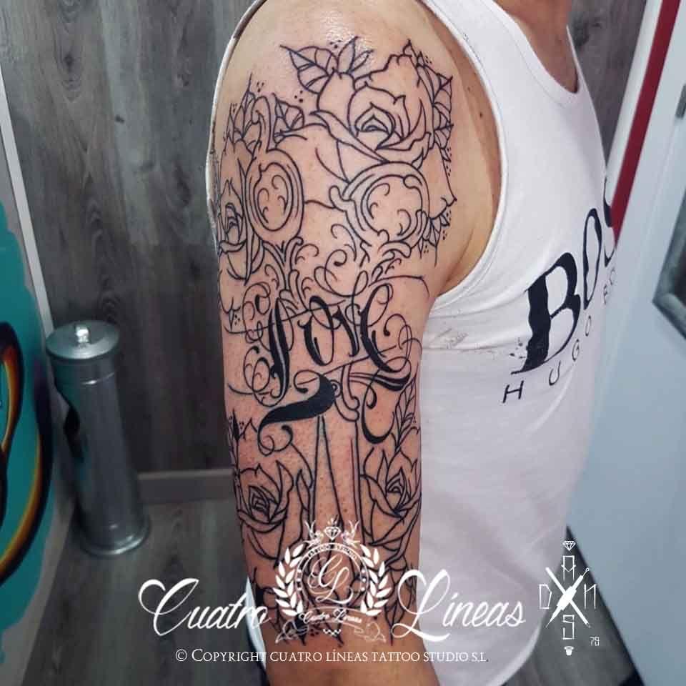 8238 peluquero dani Tatuaje realizado en carabanchel madrid, katrina catrina blanco y negro neotradicional suave tatuaje mujer con una flor ornamental flower