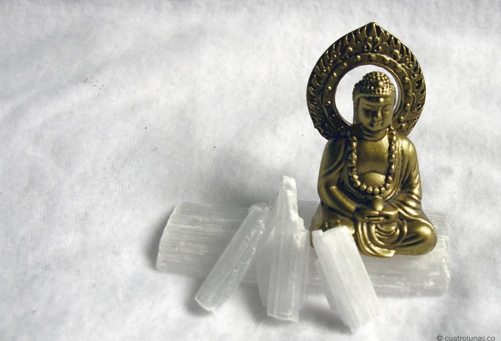 La mejor amiga de la meditación: la selenita
