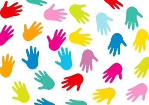 manos coloreadas