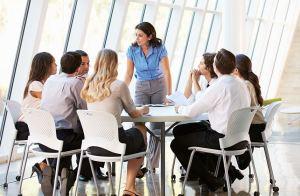 8 cuestiones básicas por las que tener un manual de protocolo de empresa