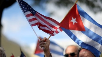 Flags US Cuba 2