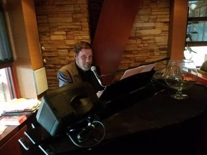 jackson-king-pianista-y-cantante-de-co-y-los-s-del-juez-1
