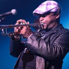 Julito Padron trompetista cubano