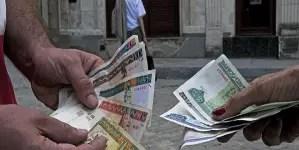 """¿El fin del CUC? Tiendas en La Habana darán """"vuelto"""" solo en peso cubano"""