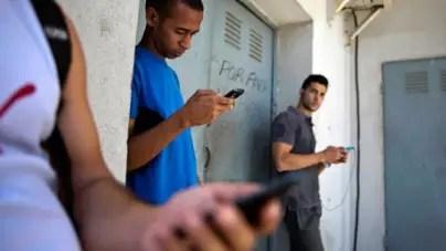 Revendedores toman el Wifi por asalto (VÍDEO)