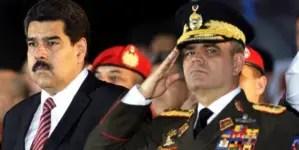 """""""El estúpido es usted"""": Militares venezolanos arremeten contra Padrino"""