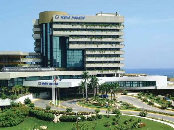 Accidente de elevador en el Meliá Habana deja grave a empleado de Cubana