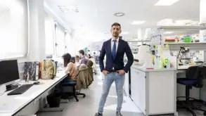 Reconocido científico cubano desconfía de cifras del régimen sobre coronavirus