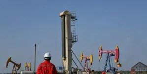 Petrolera china suspende operaciones en Venezuela